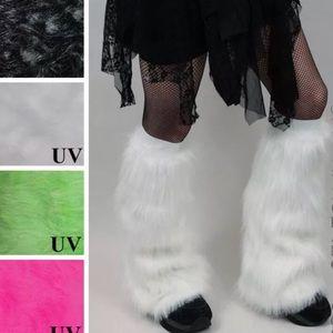 Trixy Xchange White Fur Leg Warmers Fluffies